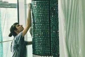 На Центральному автовокзалі відреставрували мозаїки художників-модерністів. Як це було