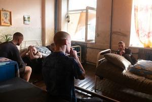 Американський гурт зняв кліп у колонії під Києвом: акторами стали реальні в'язні