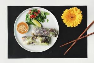 Суп із каштанів, хінкалі зі шпинатом і груша з попкорном – де їсти пісні страви