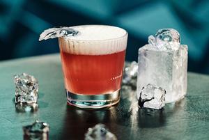 5 коктейлів, які можна приготувати вдома на Новий рік