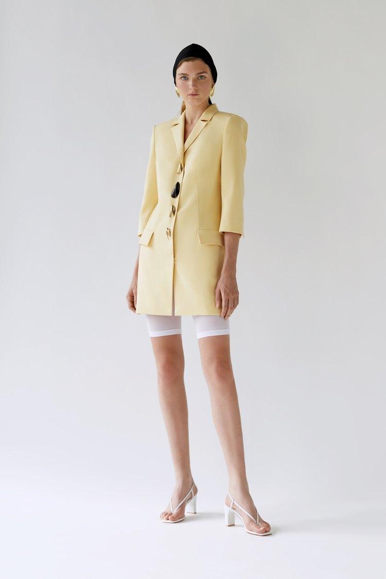 832308421998bf Що буде модно носити у 2019 році — The Village Україна