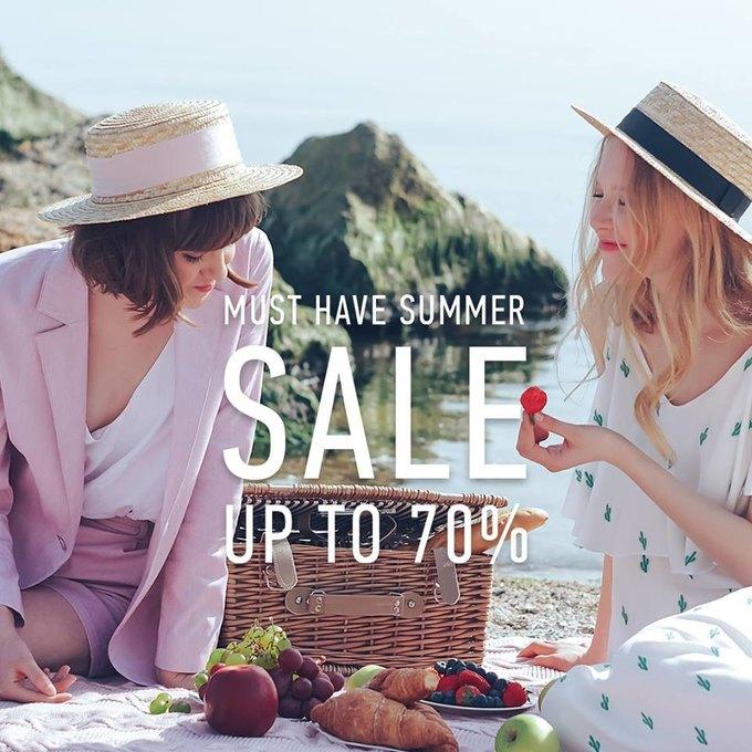 Літній розпродаж від MustHave  знижки до 70% — The Village Україна 32d02f680ca1e