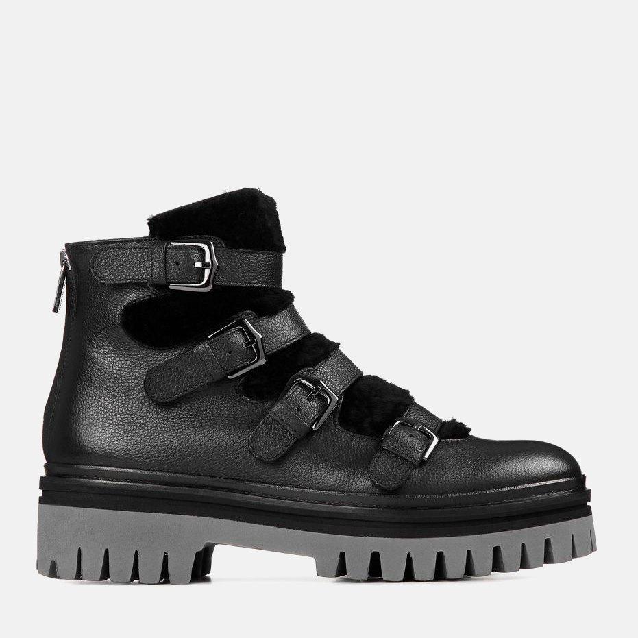 3d1e41127e0374 Де купувати тепле взуття на зиму — The Village Україна
