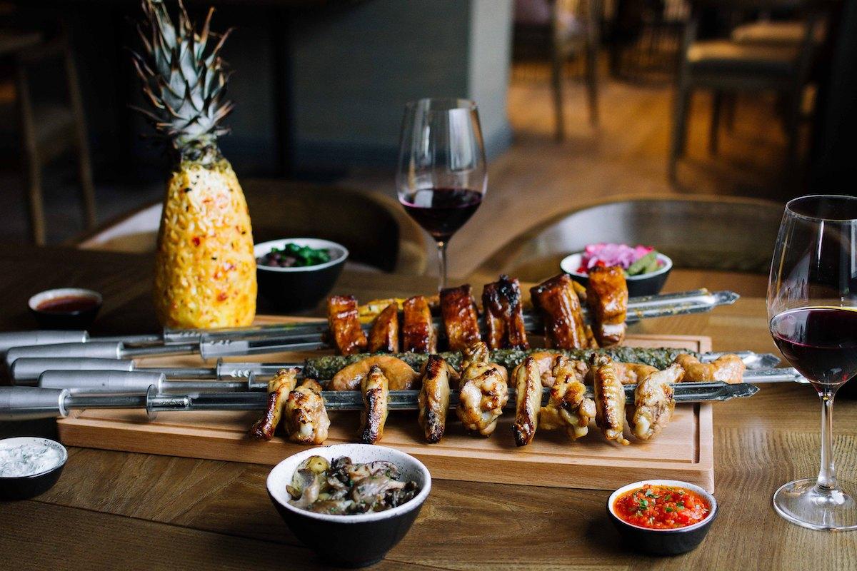 Ресторани, бар, вулична їжа: 5 нових закладів Івано-Франківська, які нещодавно відкрили в місті